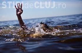 Un adolescent de 16 ani și-a găsit sfârșitul într-un lac din Cluj. Scafandrii au recuperat trupul