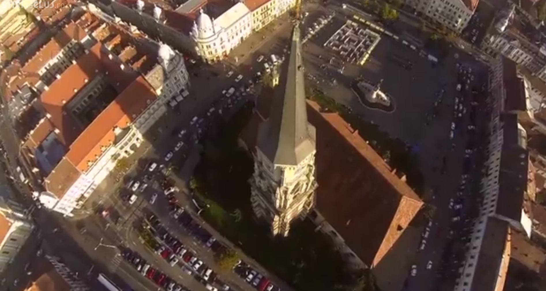 """Restricţii de circulaţie pentru """"Cluj Never Sleeps"""". Ce străzi se închid traficului"""
