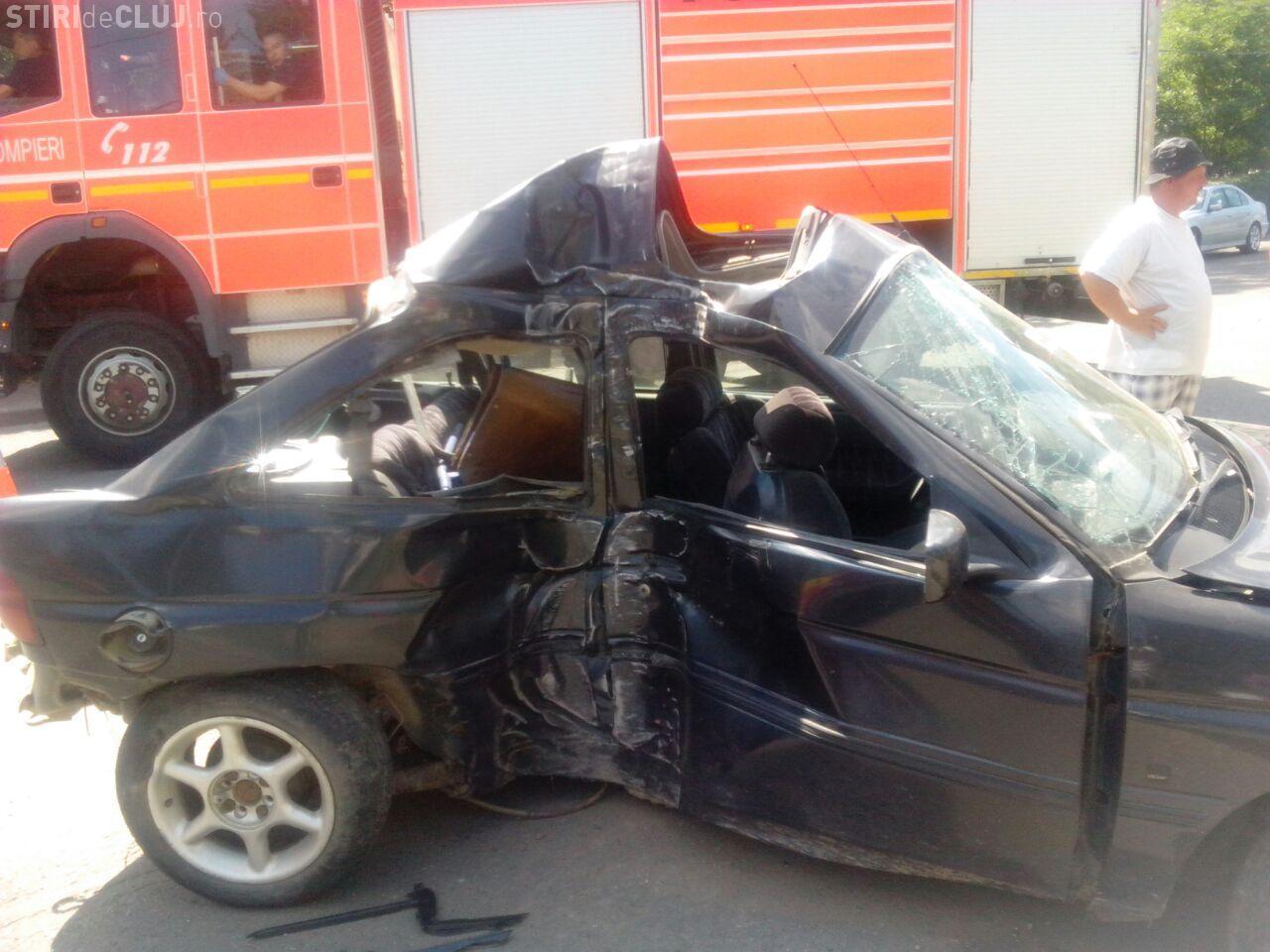 Accident teribil lângă Iulius Mall Cluj! S-a răsturnat la 200 de km/h - FOTO