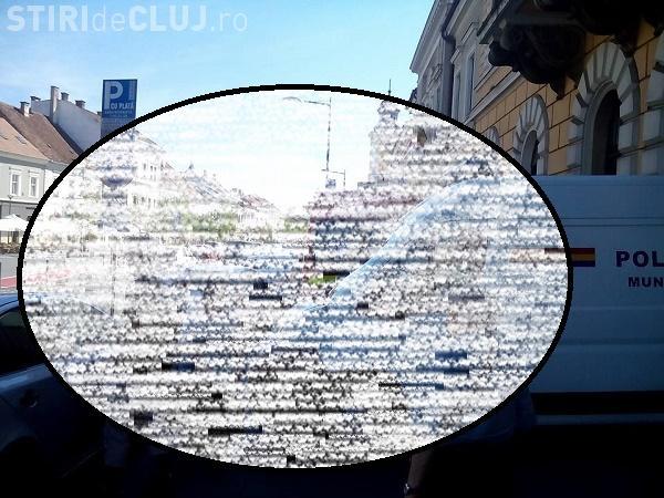 Cum a blocat un șofer clujean Poliția locală și un echipaj SMURD FOTO