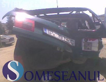 Accident rutier, cu două mașini implicate, pe un drum din Cluj. S-au ciocnit în intersecție
