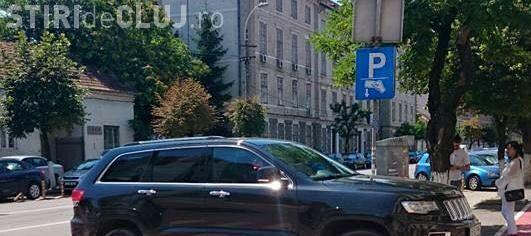 Parcare de BOSS la Cluj. Cum și-a lăsat acest șofer tancul - FOTO