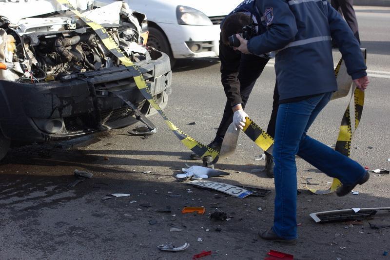 Cluj - Accident surprins LIVE în Floresti. Un bătrân de 71 de ani a intors în plin drum -  VIDEO