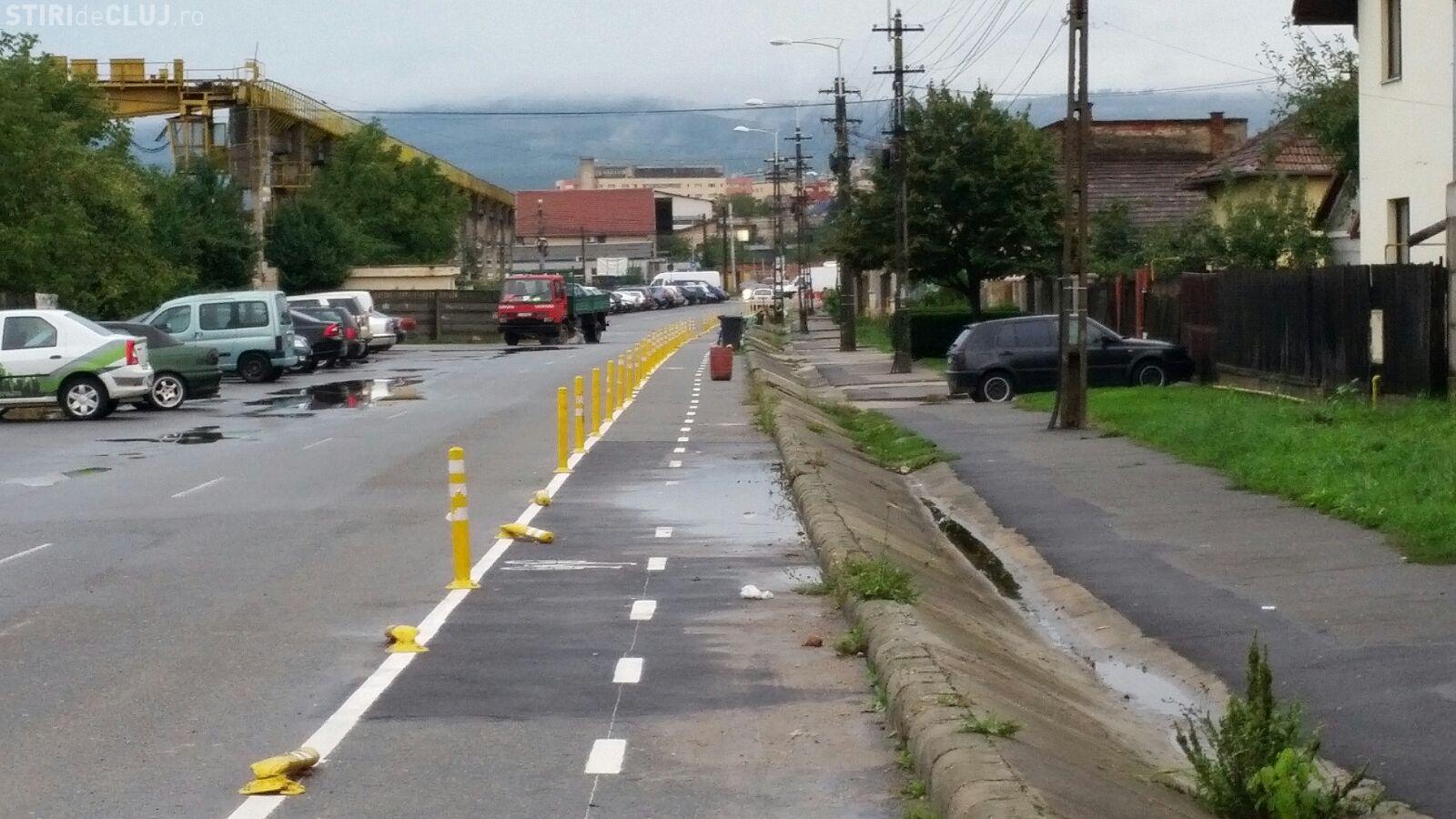 Clujenii băștinași sunt în RĂZBOI cu pistele de bicicliști. Ce se întâmplă pe strada Fabricii de Zahăr - FOTO