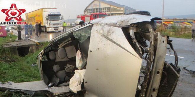 Accident GRAV la Bunești. Un bărbat și-a recuperat mașina furată, dar a făcut-o PRAF din vina altui șofer – VIDEO
