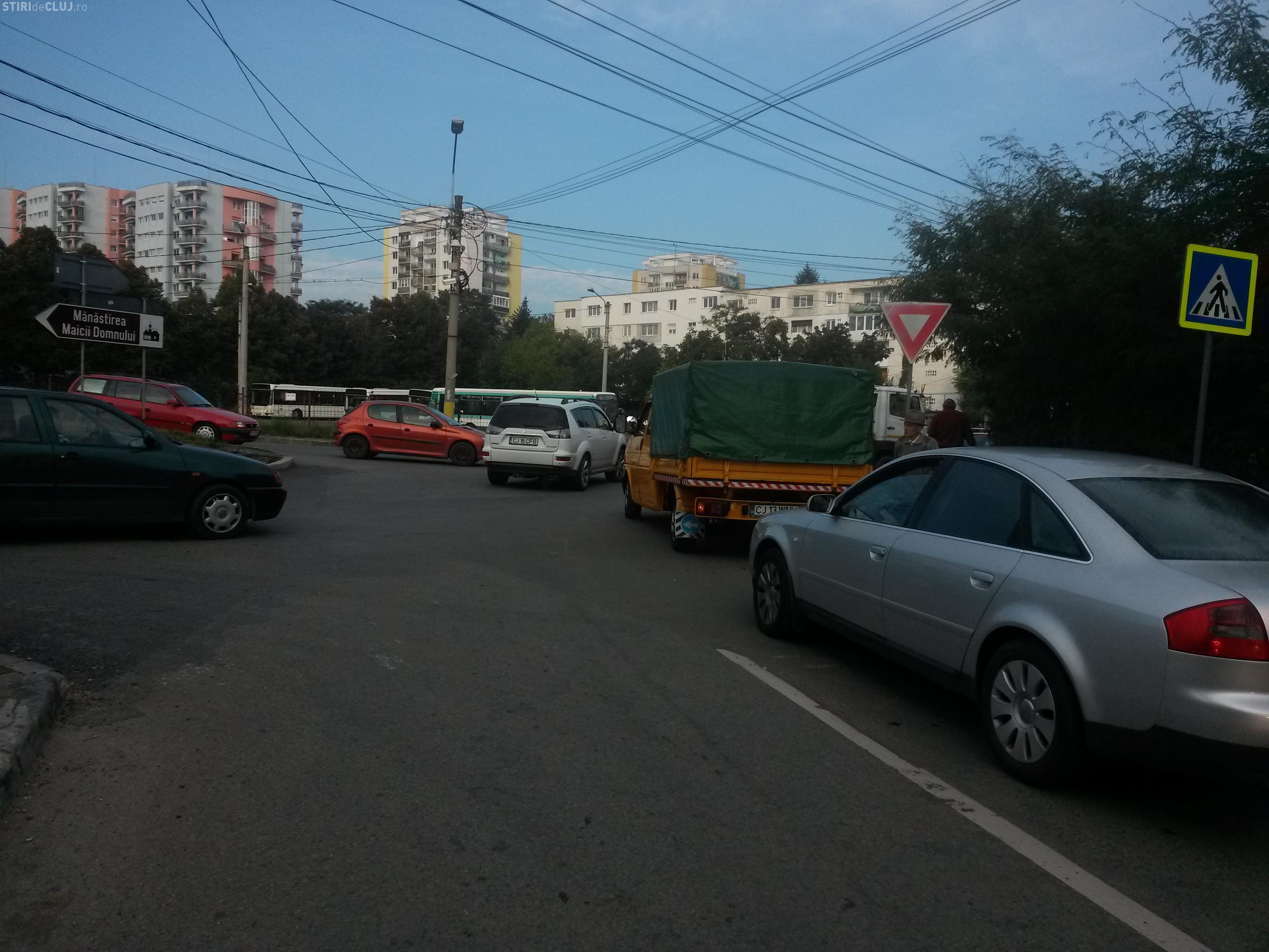 Clujul sub ASEDIUL ȘCOLILOR! Cum ați circulat luni dimineața? - FOTO