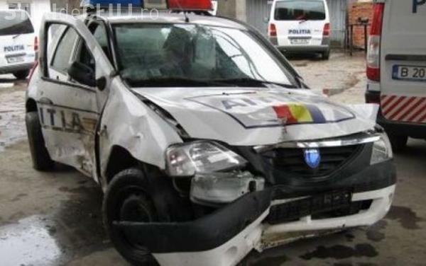 Cine este tânărul MORT DE BEAT din Cluj care a lovit mașina de poliție și a rănit doi polițiști
