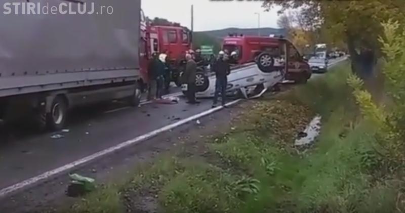 Taximetrist răsturnat la Cluj! Șoferul s-a crezut la Need for Speed - VIDEO