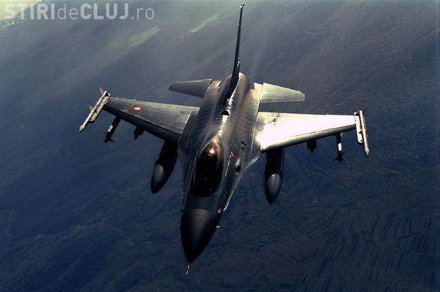 Turcia a doborât un avion de război la frontiera cu Siria. Ar fi vorba de un avion rusesc