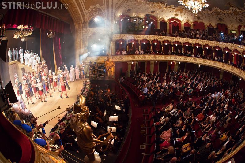 Licitație cu CÂNTEC la Opera Cluj. S-au scos la vânzare instrumente de mii de euro cu 30 de lei