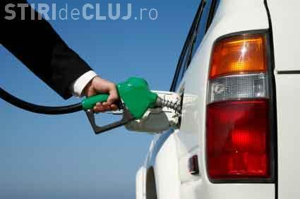 Cât de mult au scăzut prețurile carburanților, la pompele din România