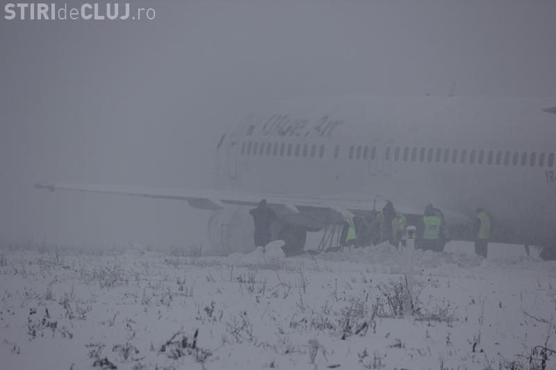 Anchetă a procurorilor în cazul avionului Blue Air care a ratat aterizarea la Cluj - VEZI IMAGINI cu avionul - VIDEO