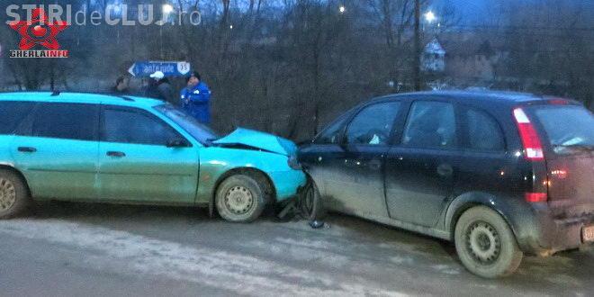 Urmărire ca în filme, cu final nefericit, la Cluj. Un șofer încerca să fugă de polițiști și a cauzat un accident VIDEO