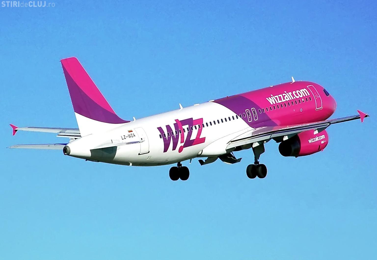 Trei aeronave ale Wizz Air survolează Clujul aşteptând să aterizeze - Ora 14.00