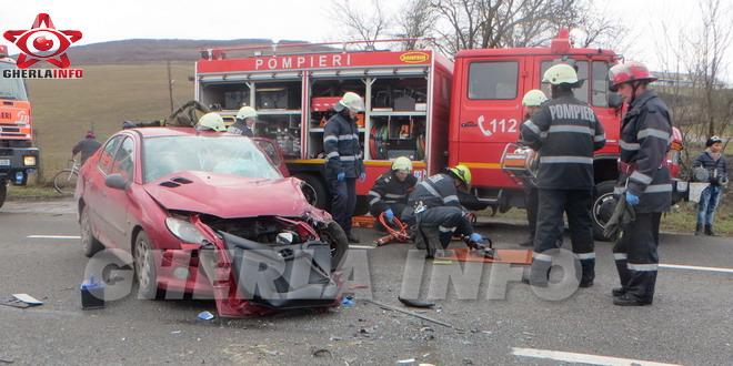 Accident GRAV la Rascruci, pe drumul de la Cluj-Napoca la Gherla. Un sofer e încarcerat