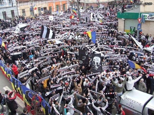 U Cluj scoate 10.000 de suporteri în stradă. Restricţii de circulaţie pentru astăzi, 10 martie