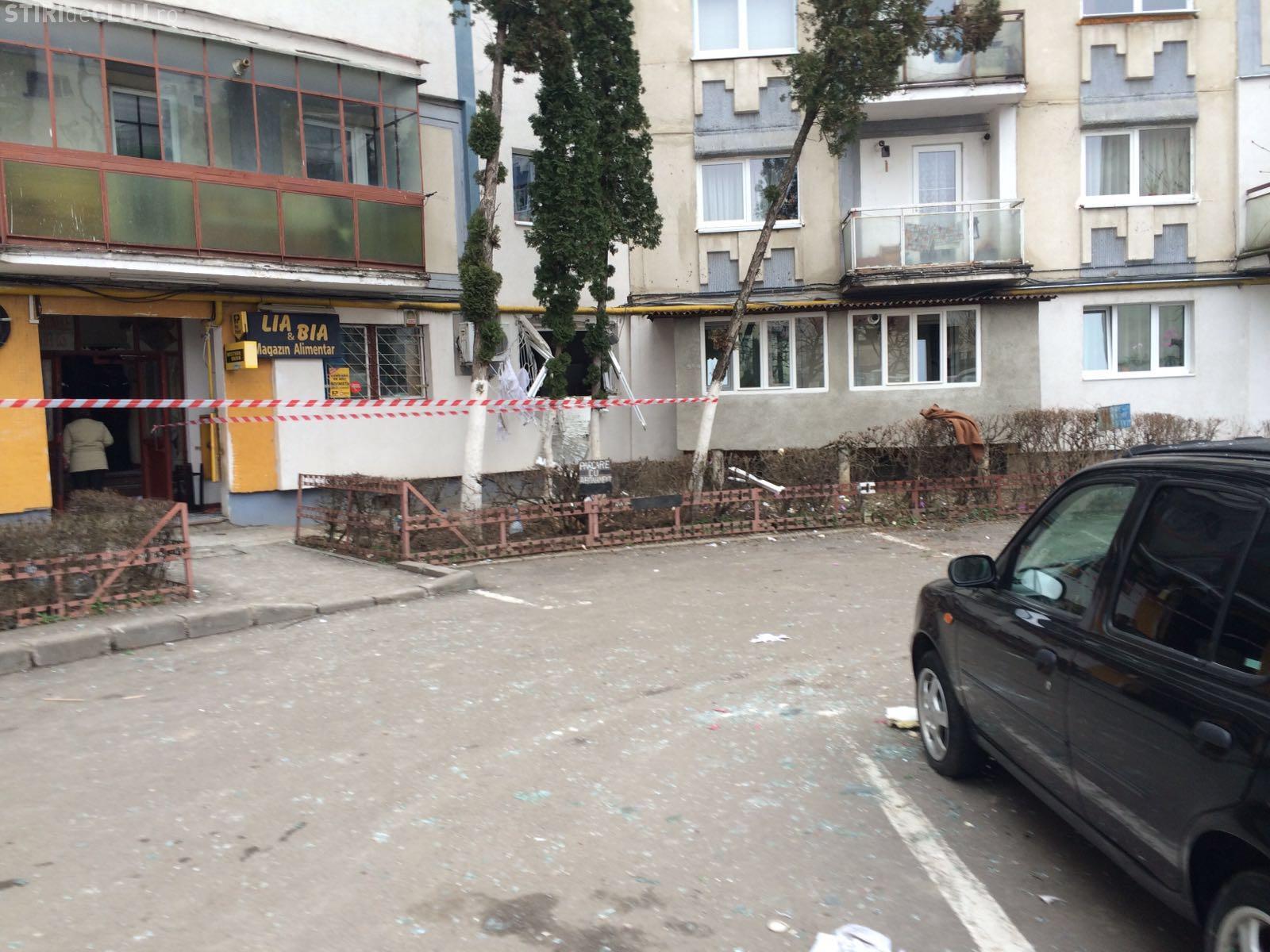 Explozie la un bloc în Grigorescu, pe strada Fântânele - FOTO / UPDATE: Pompierii au dat EXPLICAȚII
