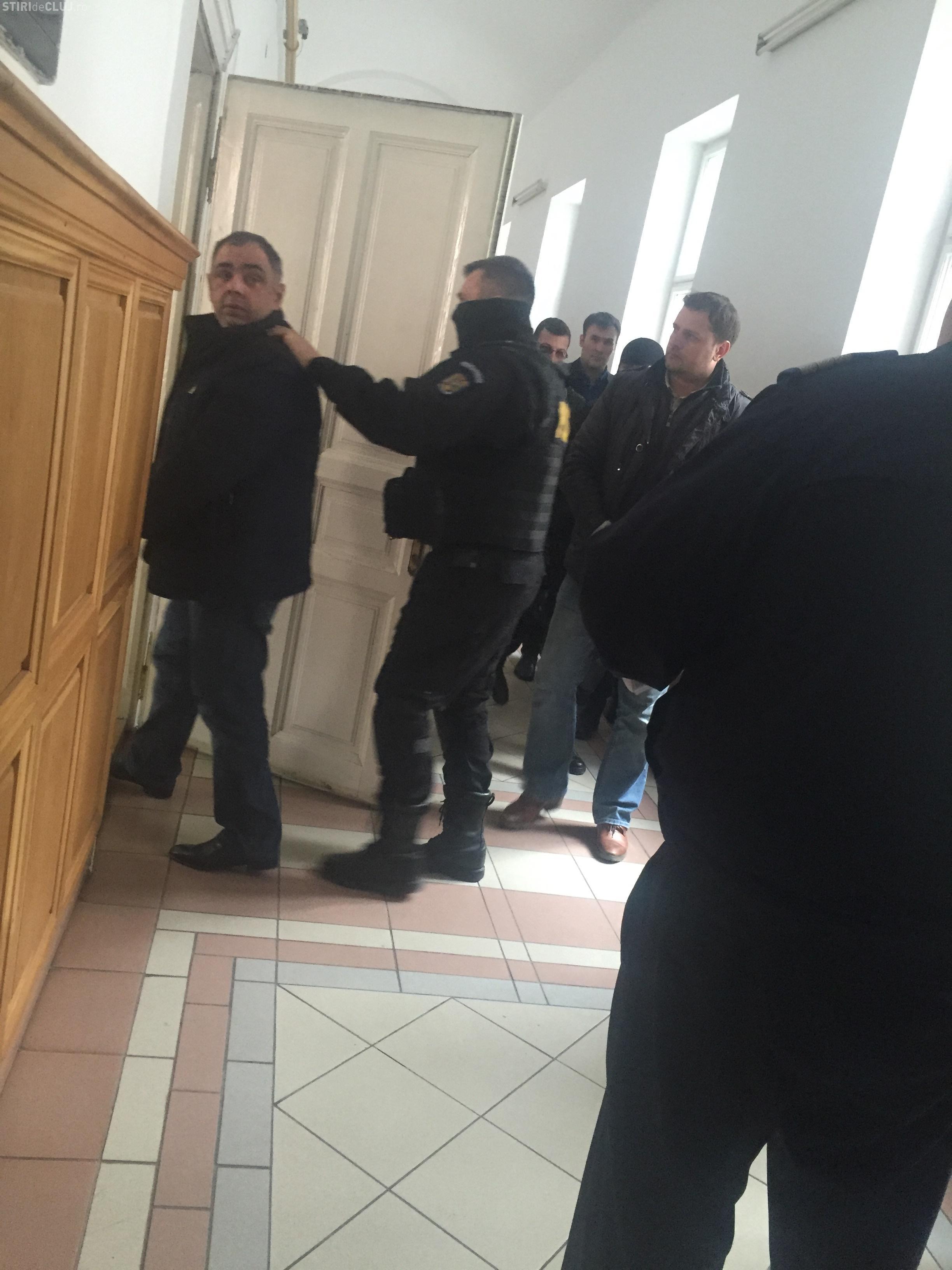 Patronul Cridov, un milionar clujean, ARESTAT! Cumpăra facturi false de la firmele fantomă ale romilor din Gilău