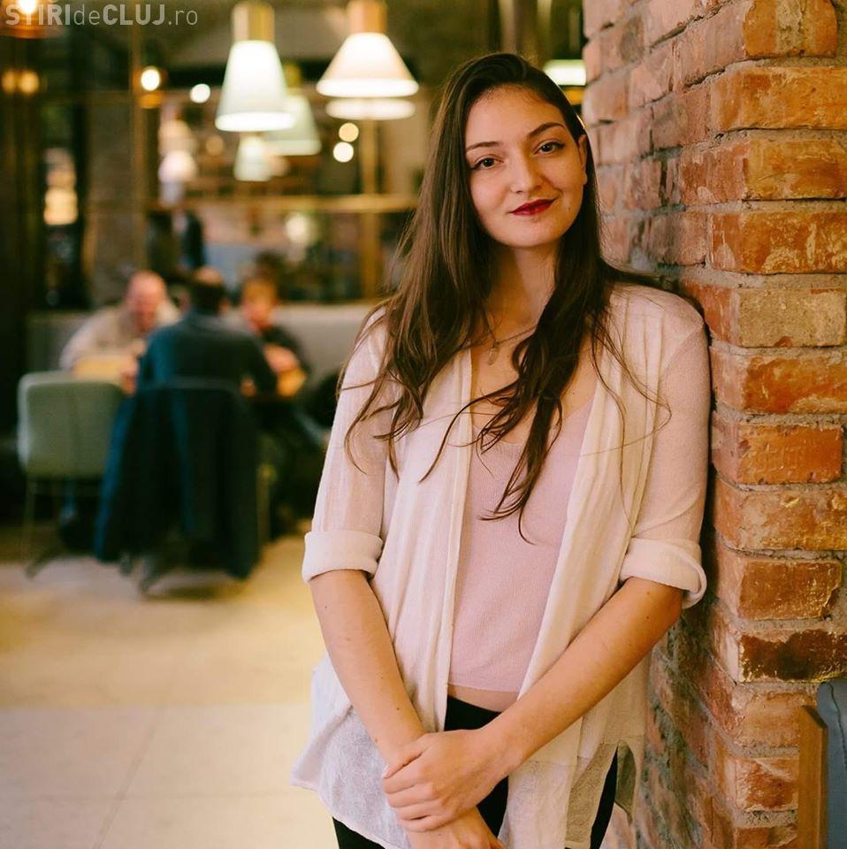 O elevă din Cluj-Napoca, cel mai mare punctaj din lume la un examen Cambridge