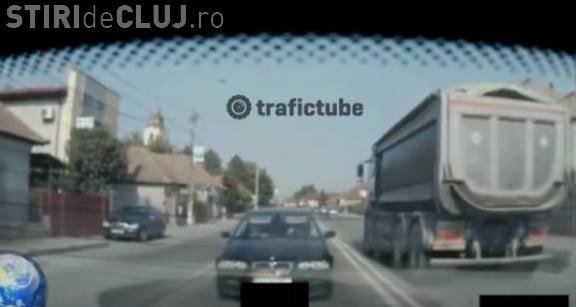 VIDEO - Accident în lanț în Florești, filmat LIVE. Pietonii s-au aruncat, iar trei șoferi s-au tamponat