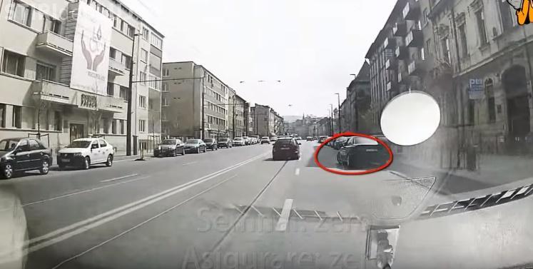 """""""Pisi"""" cu BMW în acțiune la Cluj! Era să facă un accident, dar fiți atenți la LIMBAJ - VIDEO"""