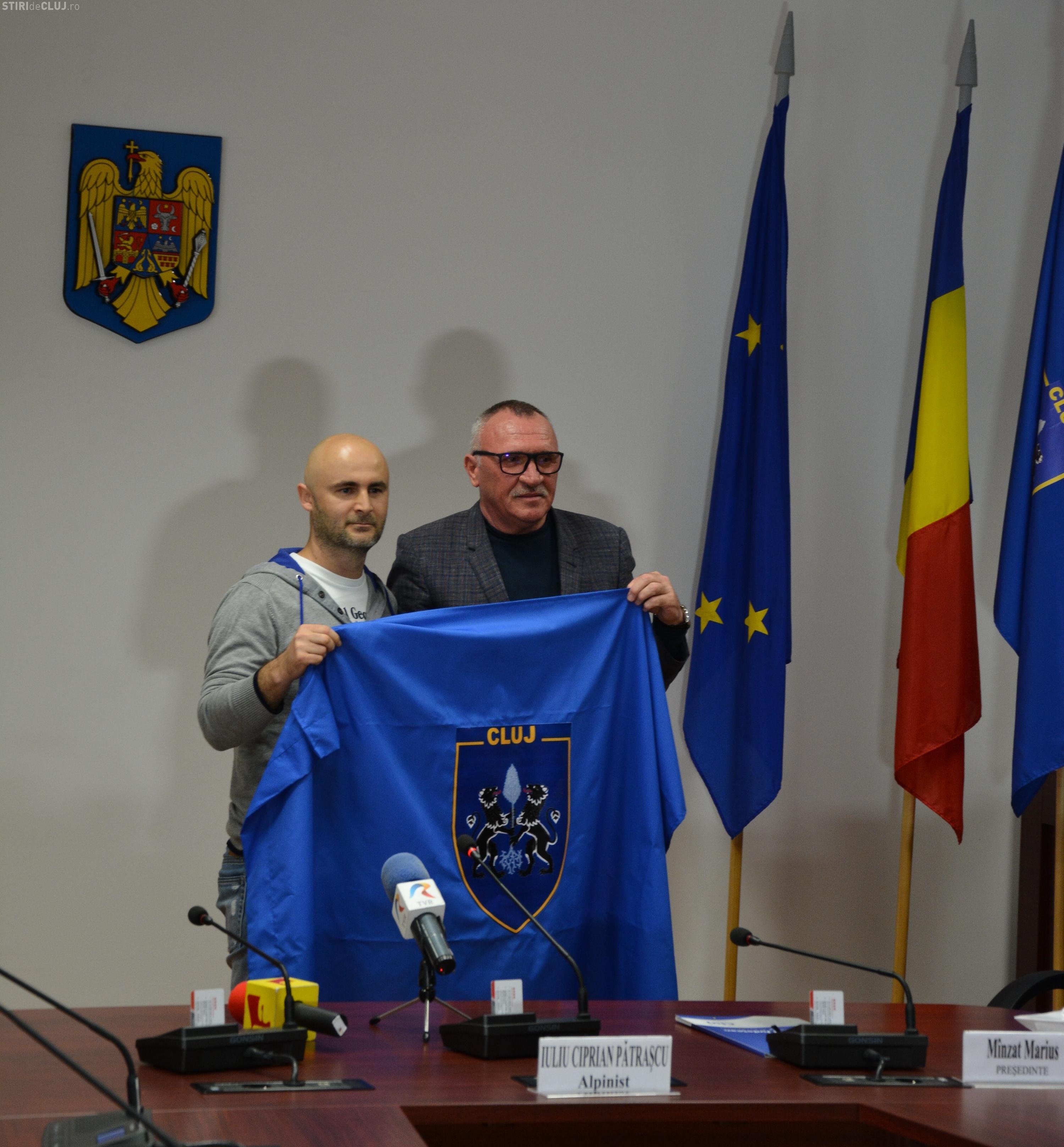 Alpinistul clujean Pătraşcu Iuliu Ciprian va duce drapelul Clujului pe Everest
