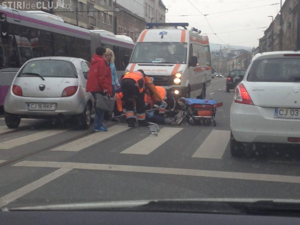 Accident grav pe strada Horea. O persoană a fost lovită pe trecerea de pietoni - FOTO