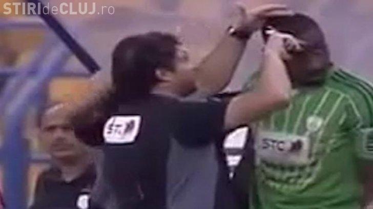 """Au oprit meciul şi l-au tuns pentru că avea o frizură """"anti-islamică"""""""