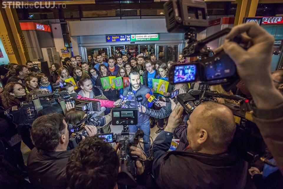 """Tiberiu Uşeriu, câștigătorul maratonului """"6633 Ultra"""" de la Polul Nord, a revenit acasă. Așteptat la Cluj cu SURPRIZE"""