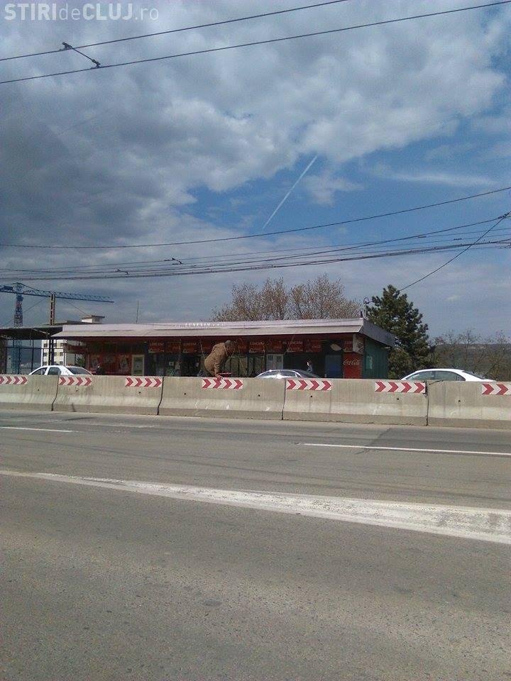 Cum traversează clujenii strada Traian Vuia! Unii sunt inconștienți - FOTO