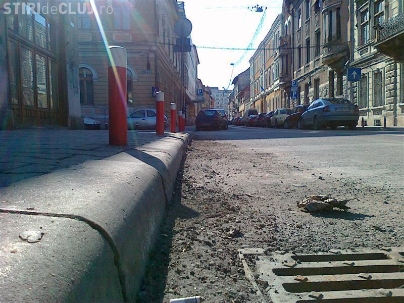Curățenie la bordură în Cluj-Napoca. Ce străzi trebuie eliberate de mașini