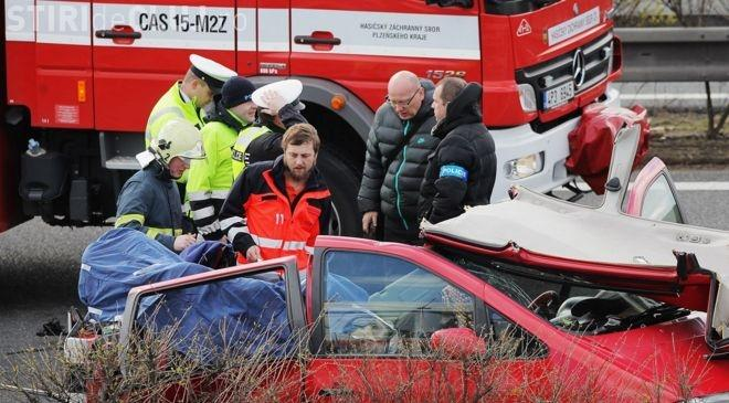 Accident MORTAL în Cehia. Patru români și-au pierdut viața și alți trei sunt răniţi - VIDEO