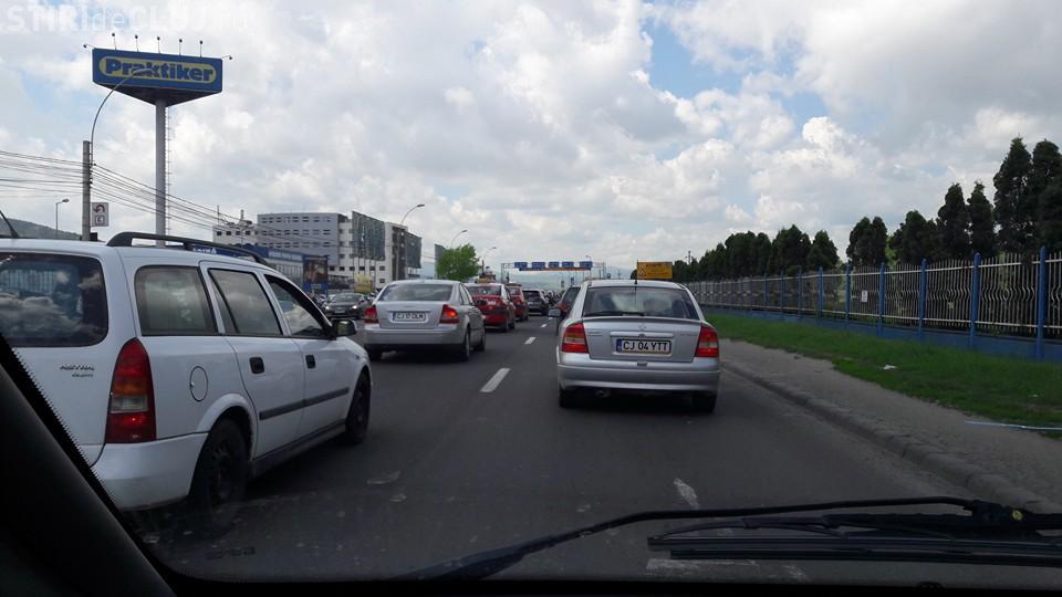 Motociclistă rănită! Accident la Praktiker, la ieșire spre Florești