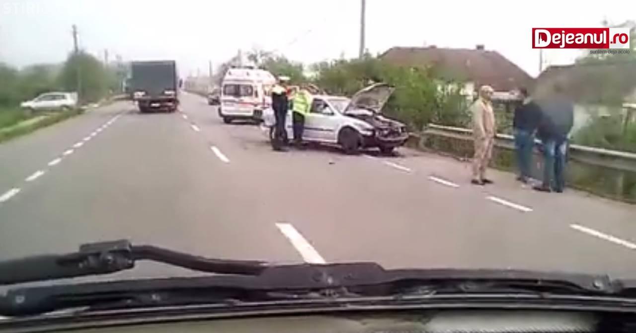 CLUJ: Un șofer beat la prima oră a dimineții a cauzat un accident rutier. O persoană a fost rănită FOTO