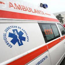 Neatenția costă: O femeie a fost lovită în plin de autobuz pe trecerea de pietoni de la Iulius Mall. Trecea pe roșu
