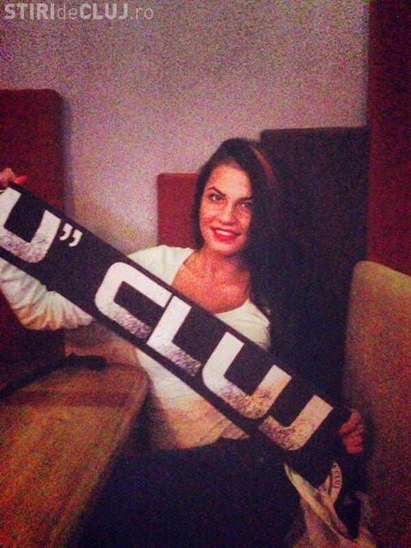 Cea mai sexy fană a U Cluj: Plângem ușor... de la gazele lacrimogene - FOTO