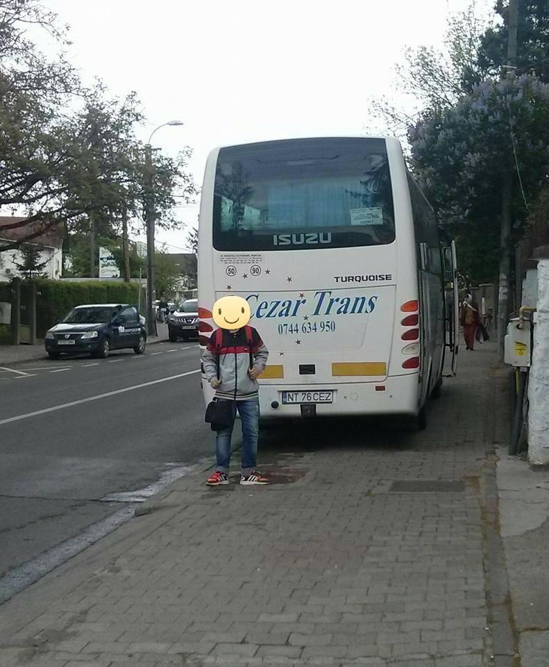 La Cluj-Napoca, ești BĂTUT dacă îi iei la rost pe cei parcați pe trotuar. Școala Altfel s-a lăsat cu bătaie - FOTO