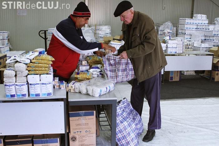 Primăria Cluj-Napoca a început redistribuirea pachetelor de alimente acordate de Primarie