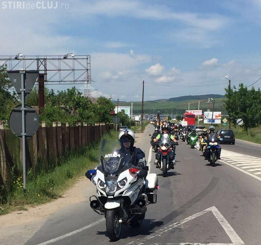 Marș al polițiștilor alături de motociciști la Cluj-Napoca. Moto: MOTOCICLIȘTII EXISTĂ ÎN TRAFIC!
