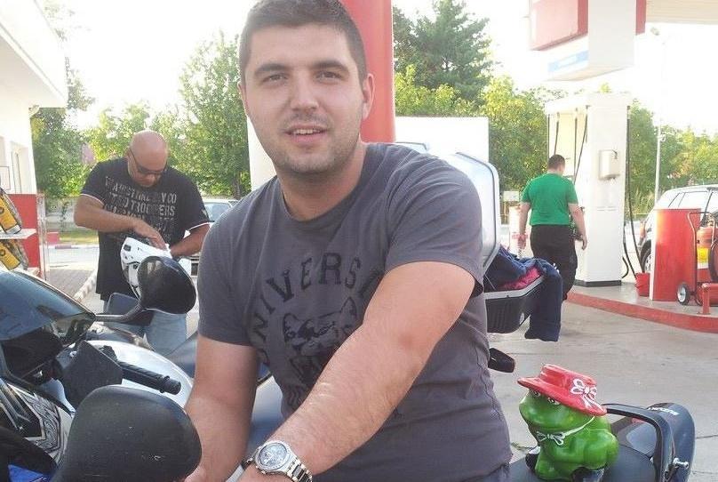 Andrei Prunean, patronul CocMotors, rănit după ce a lovit cu motocicletă un șofer inconștient