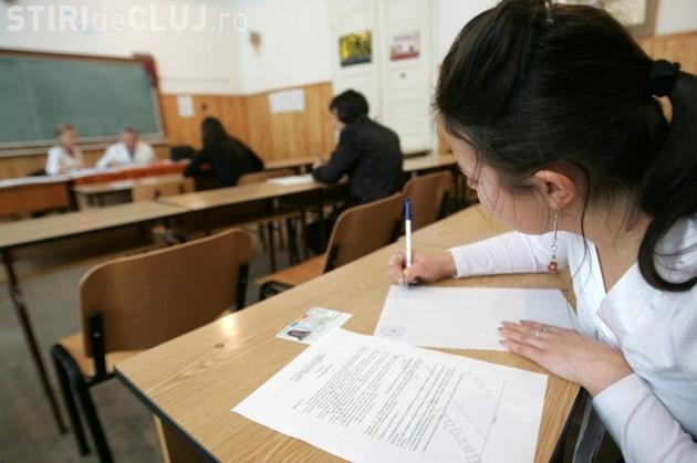 BAC 2016. Absolvenții de liceu din Cluj au început examenele