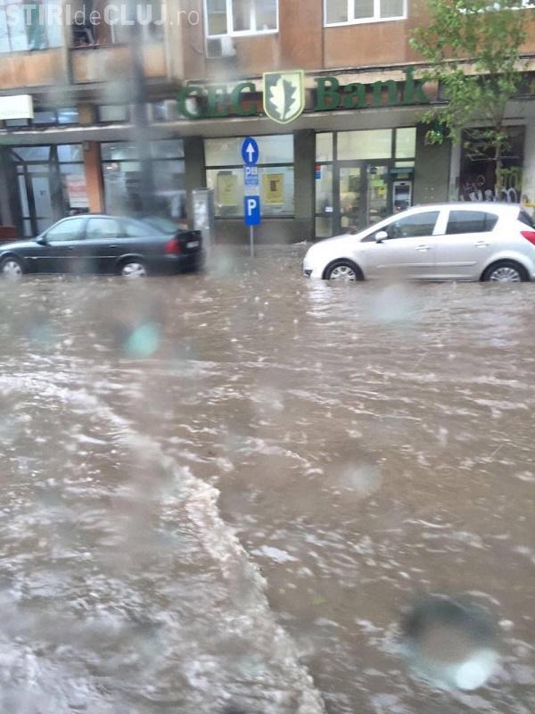 Pompierii clujeni luați cu asalt după inundațiile din Cluj-Napoca și Florești