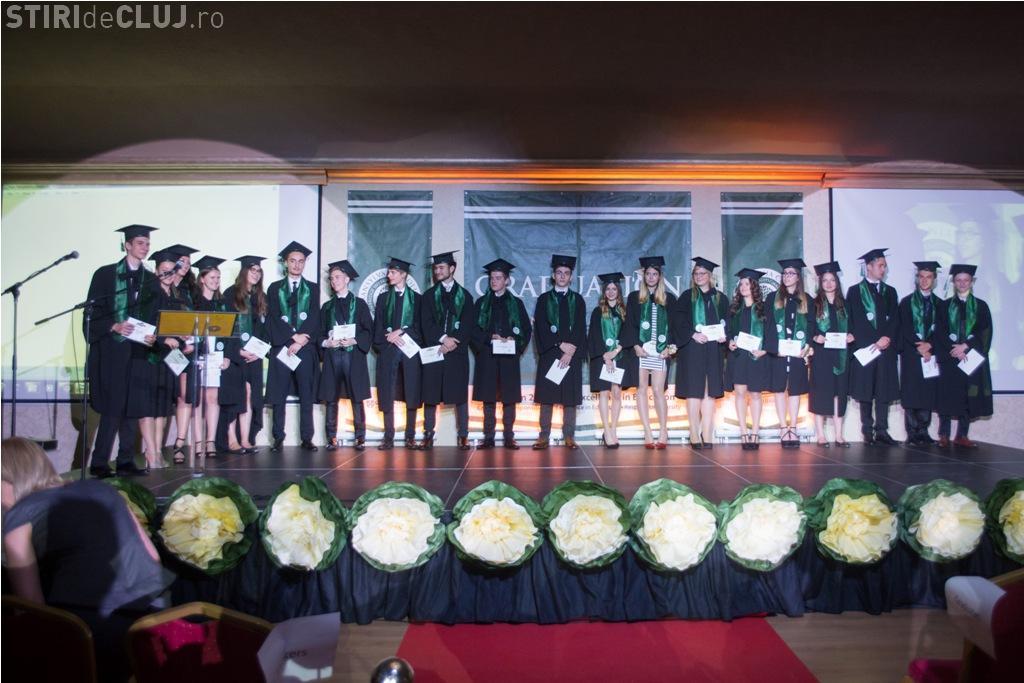 65% din absolvenții Transylvania College vor studia în universități de pe trei continente. Un elev a ales Japonia