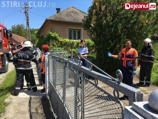 Descoperire MACABRĂ la Dej. Un bărbat a fost găsit mort în propria casă după două săptămâni VIDEO