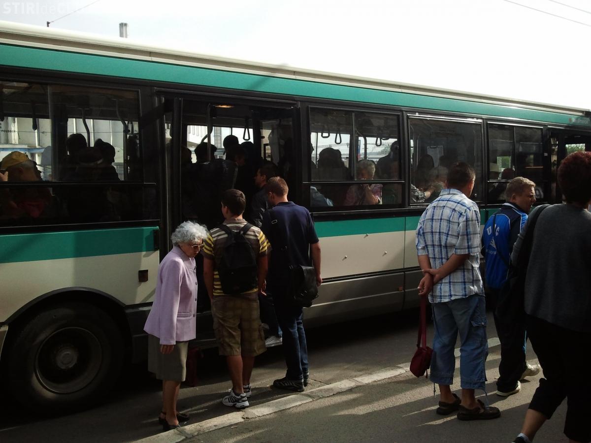 În centrul Clujului apare o nouă bandă dedicată transportului în comun - FOTO