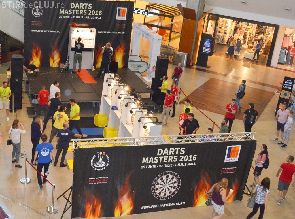 Finala Campionatului Național de Darts se desfășoară la Iulius Mall Cluj. Vezi când are loc competiția