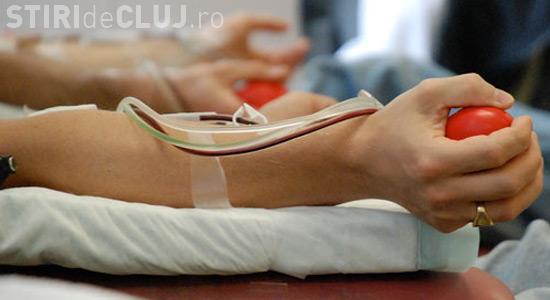 Clujean INDIGNAT de moda donez sânge pentru Untold