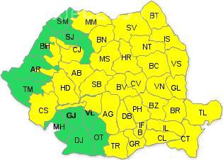 Codul galben de furtuni, prelungit de ANM. Aproape toată țara e afectată