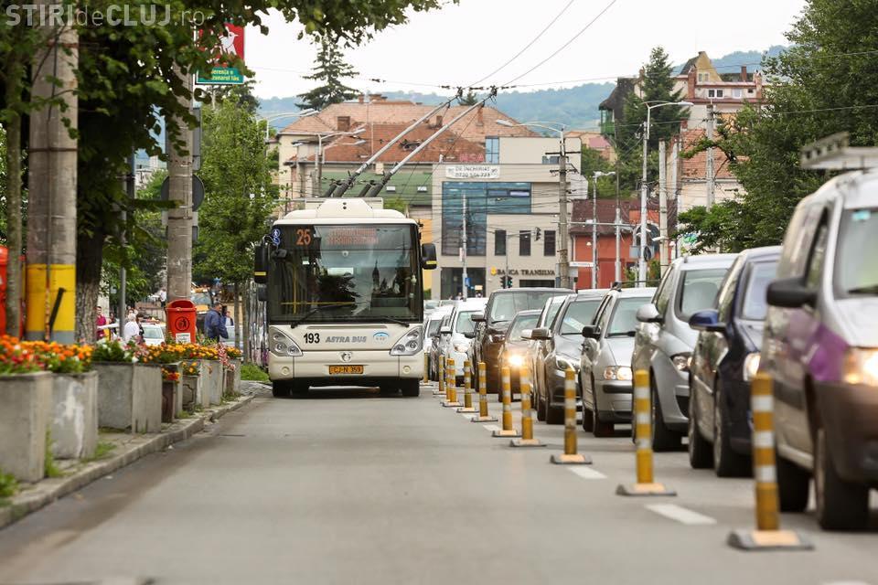 Bandă dedicată mijlocelor de transport în comun în Piața Ștefan Cel Mare, din Cluj. Ce anunță Primăria