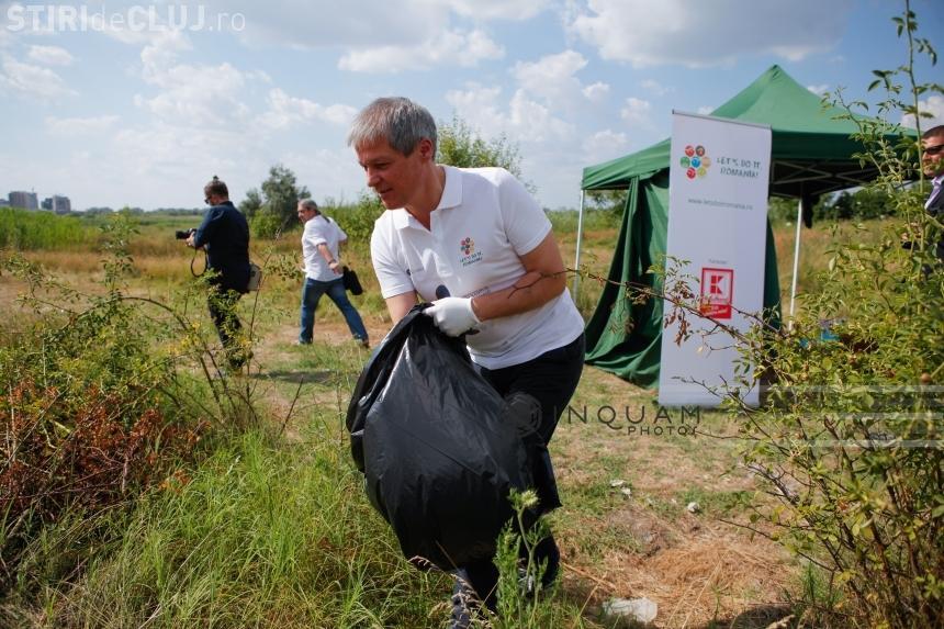 Mircea Badea l-a criticat DUR pe Cioloș pentru că a strâns gunoaie în Delta Văcărești - VIDEO